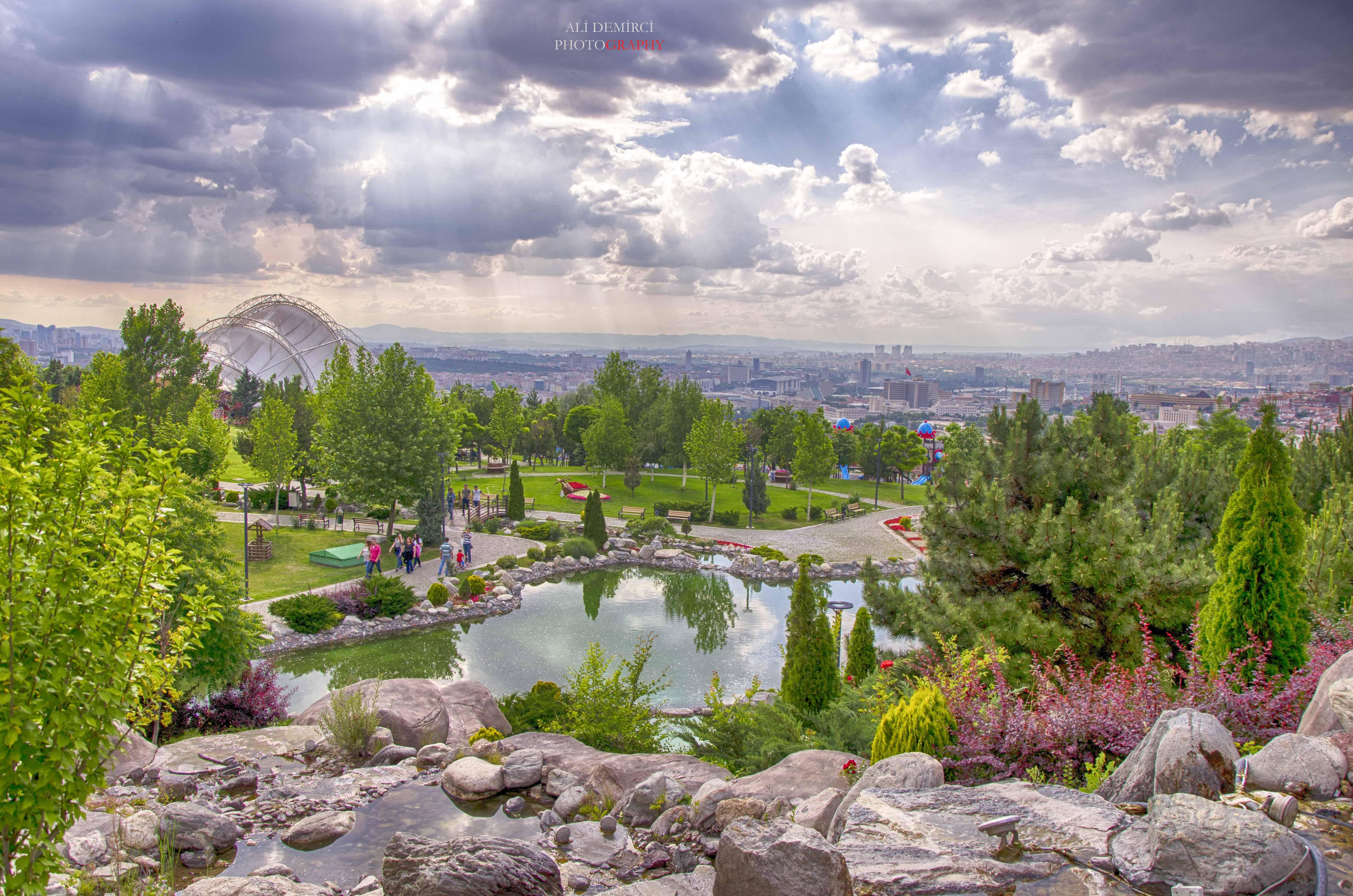 50.Yıl Parkı Ankara'nın Gözde Mekanı